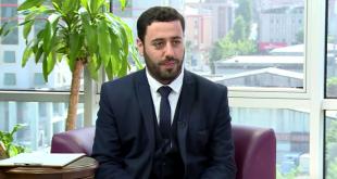 الخطّاط السوري شادي عيد يصحح خطأ تاريخياً في النسخة الأولى من المصحف العثماني