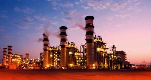 ارتفاع النفط لليوم الخامس مع هبوط الدولار