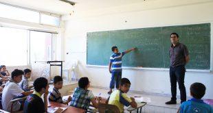 تكاليف التعليم تعيد فرز المجتمع السوري