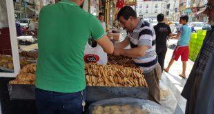 أتراك يُقبِلون على الحلويات السورية ويفضلونها على منتجاتهم