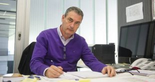 مدير الكرة في برشلونة يعلن اقتراب النادي من ضم أهدافه