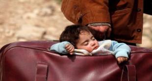 """طفلة الغوطة الشرقية تصدم العالم: """"وطني حقيبة"""""""