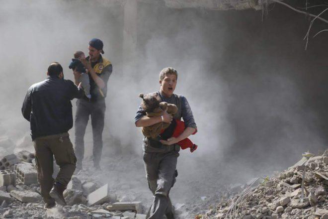 بعد غارة من نظام الأسد على الغوطة - الدفاع المدني