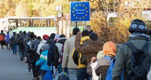 """الكفالة الشخصية في ألمانيا .. بين حق اللاجىء و""""ورطة"""" الكفيل"""