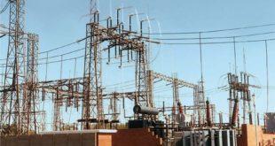 النظام يحرم السوريين من الكهرباء ويبيعها للبنان