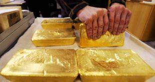 الدولار يبدد مكاسب الذهب وانخفاض قياسي للفضة