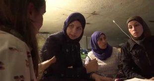 """لبنان.. سوريات يقهرن """"ظلمة"""" اللجوء بـ""""نور """" التعليم"""