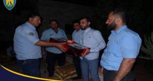 إدلب: الشرطة تهنئ عريسا سوريا زفافه لم يشهد إطلاق نار