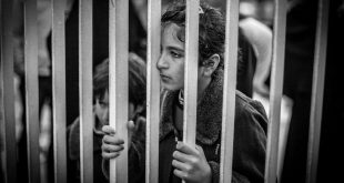 لم يكسرهن الاعتقال .. ناجيتان من سجون النظام سخّرن حياتهن لخدمة زملائهن
