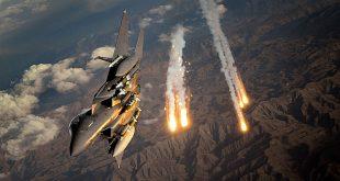 """التحالف يقصف الباغوز بـ""""الفسفور""""… وقتلى باشتباكات بين """"داعش"""" والنظام"""
