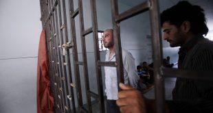 """""""سماسرة"""" الاعتقال.. محامون وضبّاطٌ ووسطاء يعتاشون من بيع الوعود"""