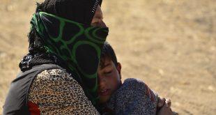 الموت يحاصر مدنيّي الرقة.. والنجاةُ مغامرةٌ غير مضمونة