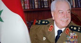 """طلاس في """"قبر مؤقت"""" بانتظار إعادة جثمانه إلى سوريا"""