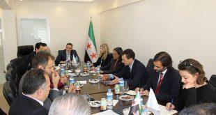 """منصّة """"موسكو"""" ترفض المطالبة برحيل """"الأسد"""""""