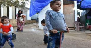 أطفال سوريون في لبنان… غياب التسجيل يغتال براءتهم