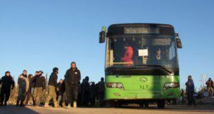 """""""حافلة تهجير"""" تدهس ٤ مدنيين في القنيطرة وتقتلهم"""