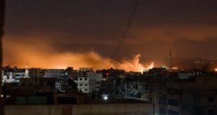 النظام يستبيح اليرموك والحجر الأسود: غارة كل دقيقتين