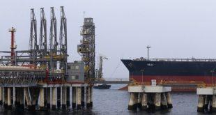 """زيادة التزام """"أوبك"""" بخفض الإنتاج يصعد بأسعار النفط"""