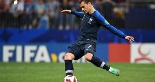 قائد منتخب فرنسا: كنتُ سأركل ضربة الجزاء على طريقة زين الدين زيدان