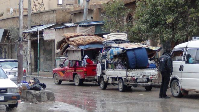نازحون في مدينة الضمير - صدى الشام