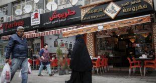 السوريون يراقبون بحذر الانتخابات التركية